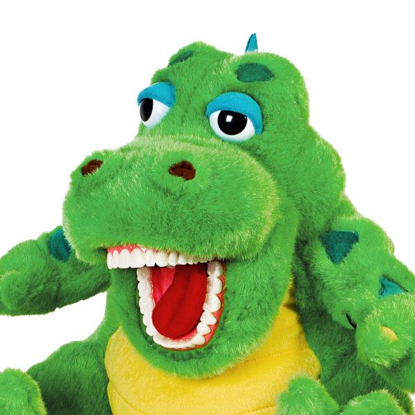 alegator dental puppet closeup