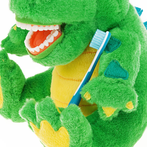 allie gator plush dental brushing detail